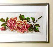 """Картины и панно ручной работы. Ярмарка Мастеров - ручная работа Вышивка крестом """"Аромат розы"""". Handmade."""