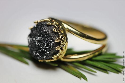 Кольца ручной работы. Ярмарка Мастеров - ручная работа. Купить Позолоченное круглое кольцо с черными друзами кварца (маленькое). Handmade.