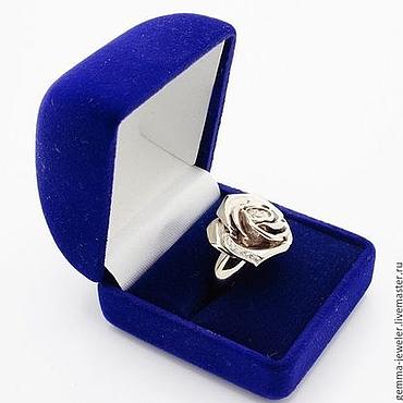 Украшения ручной работы. Ярмарка Мастеров - ручная работа Белая Роза золотое кольцо с бриллиантами. Handmade.
