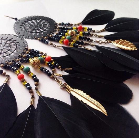 Серьги ручной работы. Ярмарка Мастеров - ручная работа. Купить Серьги ручной работы с перьями в стиле бохо. Handmade.