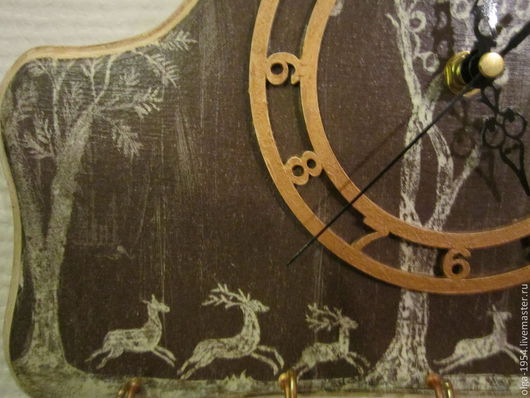 """Прихожая ручной работы. Ярмарка Мастеров - ручная работа. Купить Часы-ключница """"Олени"""". Handmade. Коричневый, часы, природные мотивы"""