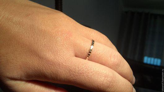 """Кольца ручной работы. Ярмарка Мастеров - ручная работа. Купить Золотое колечко"""" Многоточие"""". Handmade. Золотой, ring, маленькое кольцо"""