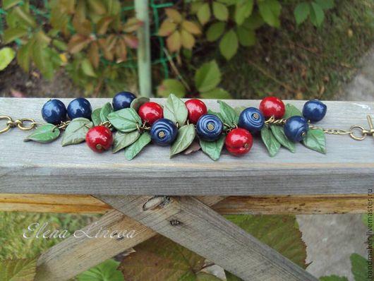 """Браслеты ручной работы. Ярмарка Мастеров - ручная работа. Купить Браслет """"Лесные ягоды"""". Handmade. Тёмно-синий, ягоды"""