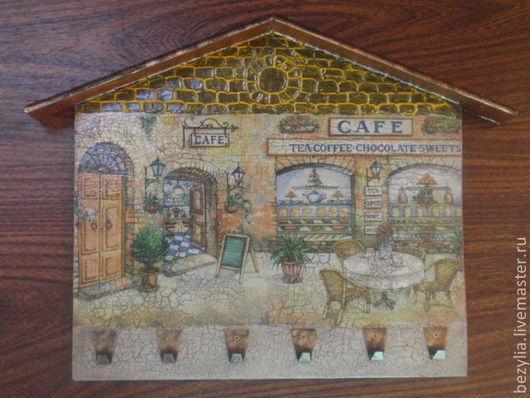 """Прихожая ручной работы. Ярмарка Мастеров - ручная работа. Купить Ключница """"Старое кафе"""".. Handmade. Коричневый, кракелюрный лак"""