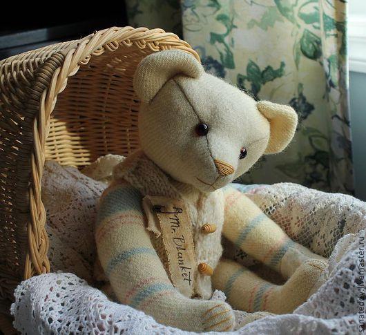 Мишки Тедди ручной работы. Ярмарка Мастеров - ручная работа. Купить Авторский мишка Одеялкин (Mr. Blanket). Handmade. Бежевый