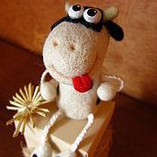 Куклы и игрушки ручной работы. Ярмарка Мастеров - ручная работа Жизнерадостная корова. Handmade.