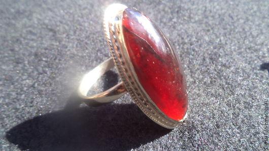 кольцо`Стихия огня` цена 1800 натуральный природный гранат Серебренников