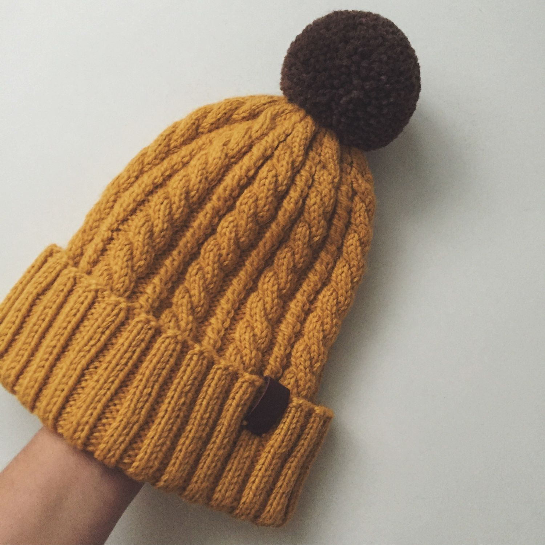 Вязание спицами шапочки с помпоном 97