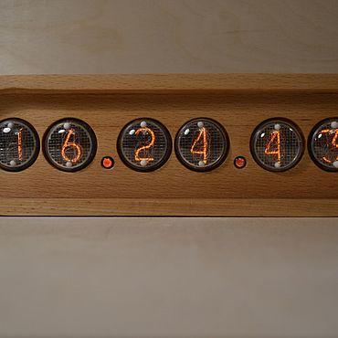 Для дома и интерьера ручной работы. Ярмарка Мастеров - ручная работа Ламповые часы на ИН-4 из бука. Handmade.