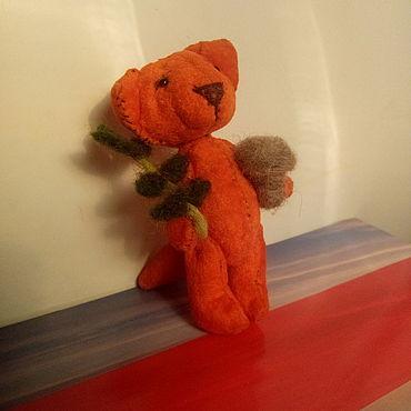 Миниатюрные игрушки: ТИМ Маленький лисенок с грибочком и веточкой