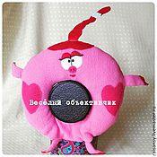 Куклы и игрушки ручной работы. Ярмарка Мастеров - ручная работа Игрушка на объектив смешарик Нюша. Handmade.