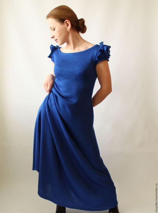 Платья ручной работы. Ярмарка Мастеров - ручная работа. Купить Бабочка. Вязаное платье.. Handmade. Синий, длинное вязаное платье