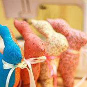 Куклы и игрушки ручной работы. Ярмарка Мастеров - ручная работа Пасхальные кролики Тильда. Handmade.