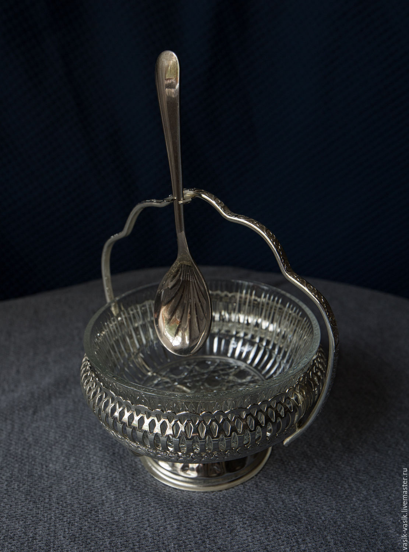 Вазочка для варенья на металлическом подносе (золотая)