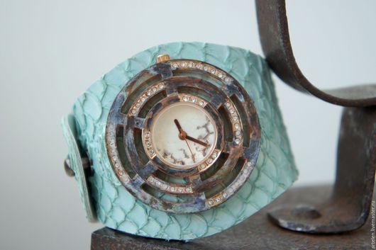 """Часы ручной работы. Ярмарка Мастеров - ручная работа. Купить Часы """"Голубая лагуна"""". Handmade. Часы, женские наручные часы"""