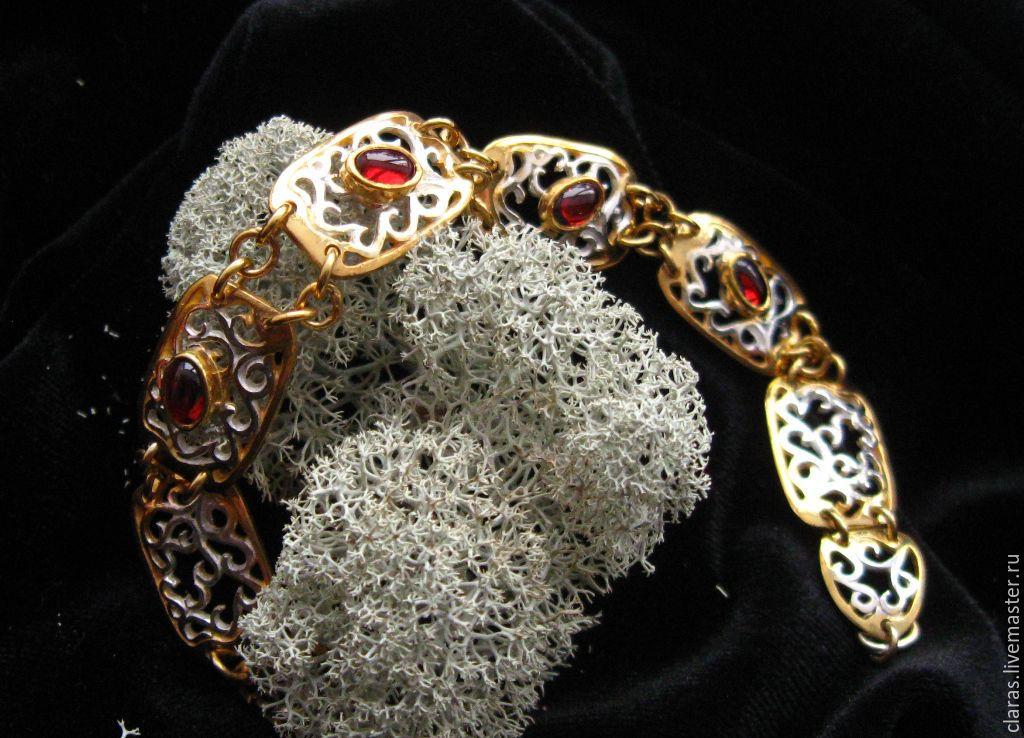 Гранатовый браслет из серебра