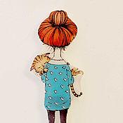 """Украшения ручной работы. Ярмарка Мастеров - ручная работа Брошь """"Девочка с котиком"""" (0208). Handmade."""