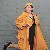 Одежда ручной работы. Ярмарка Мастеров - ручная работа Пальто-кокон из желтого шерстяного лодена с капюшоном. Арт. 1232. Handmade.