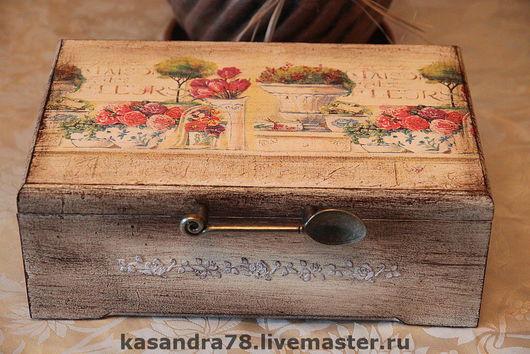 Кухня ручной работы. Ярмарка Мастеров - ручная работа. Купить Чайная коробка Цветы. Handmade. Декупаж, акриловые краски и лак