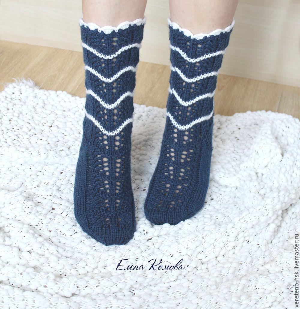 Фото девушек в синих носочках фото 545-333