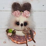 Куклы и игрушки ручной работы. Ярмарка Мастеров - ручная работа Жемчужинка 2))))зайцы вязаные))). Handmade.
