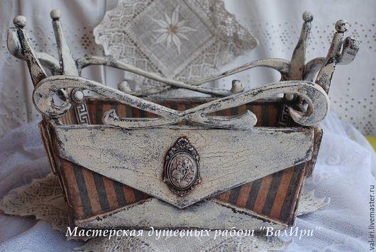 Винтажный короб `Корона` мастерской душевных работ `ВалИри`