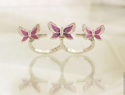 Кольца ручной работы. Ярмарка Мастеров - ручная работа. Купить золотое кольцо бабочки горячая эмаль бриллианты. Handmade. Розовый