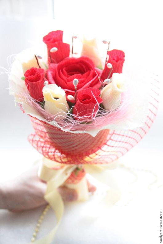 """Букеты ручной работы. Ярмарка Мастеров - ручная работа. Купить Букет из конфет """"Учителю"""". Handmade. Кремовый, сладкий букет"""