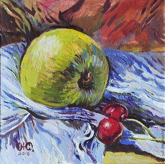 Натюрморт ручной работы. Ярмарка Мастеров - ручная работа. Купить картина маслом Яблоко и черешни на голубом. Handmade. Бордовый