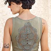 Одежда ручной работы. Ярмарка Мастеров - ручная работа Оливково зеленая майка с ажурной аппликацией на спине Размер XS-S. Handmade.