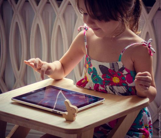 Детская ручной работы. Ярмарка Мастеров - ручная работа. Купить Детский столик-парта. Handmade. Детская, дерево, столик, интерьер