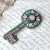 """Украшения ручной работы. Ярмарка Мастеров - ручная работа Брошь """"Ключ принцессы"""" с кристаллами Swarovski. Handmade."""
