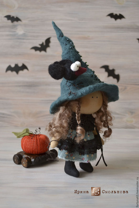 Коллекционные куклы ручной работы. Ярмарка Мастеров - ручная работа. Купить текстильная кукла ВЕДЬМОЧКА. Handmade. Тёмно-зелёный, кукла