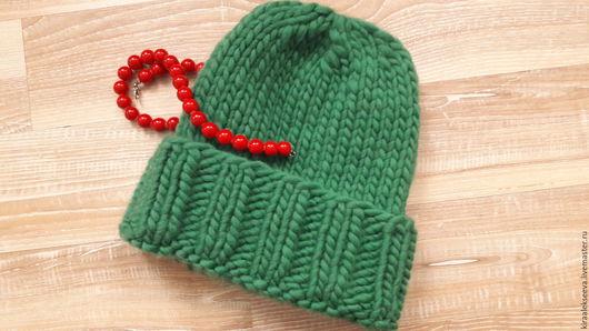 Шапки ручной работы. Ярмарка Мастеров - ручная работа. Купить Шапочка из перуанской шерсти с отворотом. Handmade. Зеленый, перуанская пряжа