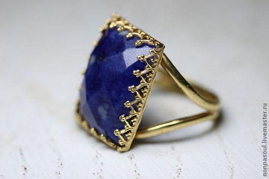 Кольца ручной работы. Ярмарка Мастеров - ручная работа. Купить Прямоугольное кольцо с содалитом. Handmade. Синий, кольцо с содалитом, голдфилд