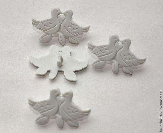 Шитье ручной работы. Ярмарка Мастеров - ручная работа. Купить пуговицы Белые голуби. Handmade. Белый, белые голуби