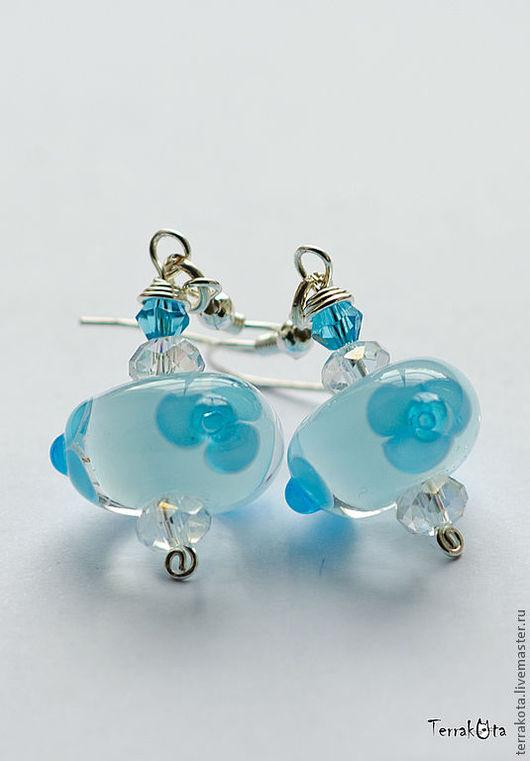 """Серьги ручной работы. Ярмарка Мастеров - ручная работа. Купить Серьги """"Голубой лед"""" лэмпворк. Handmade. Голубой, цветы, серьги"""