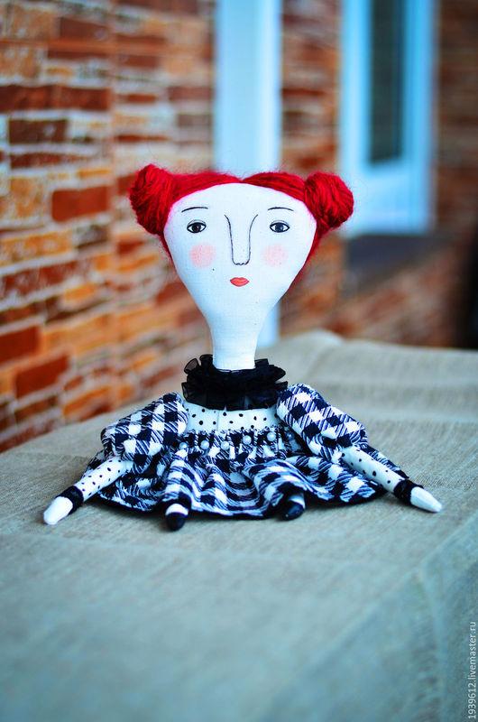 Интерьерная кукла принцесса  из грунтованного текстиля.