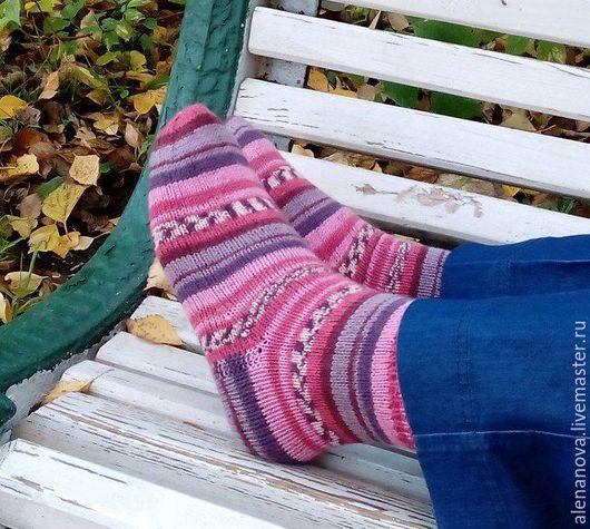 """Носки, Чулки ручной работы. Ярмарка Мастеров - ручная работа. Купить носки вязаные """"Романтичные"""". Handmade. Носки вязаные"""