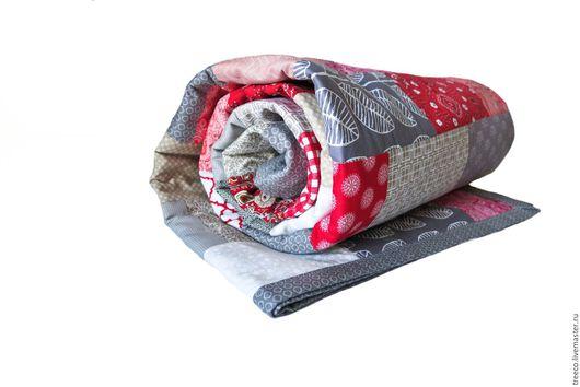 Текстиль, ковры ручной работы. Ярмарка Мастеров - ручная работа. Купить Лоскутное одеяло (красно-серое). Handmade. Ярко-красный