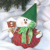 Куклы и игрушки ручной работы. Ярмарка Мастеров - ручная работа Снеговичок с синичкой). Handmade.