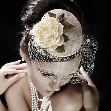 Свадебный салон ручной работы. Ярмарка Мастеров - ручная работа Шляпка с вуалью и розой. Handmade.