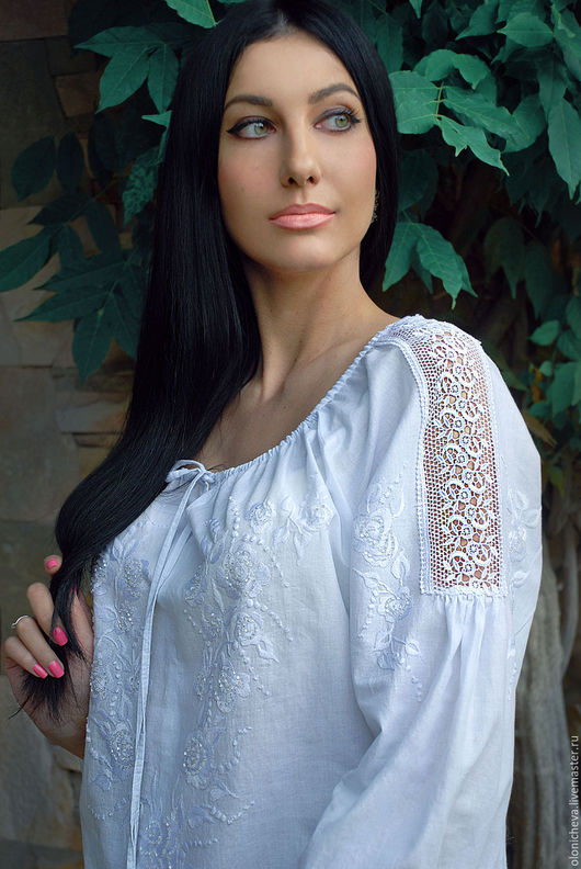 """Блузки ручной работы. Ярмарка Мастеров - ручная работа. Купить Нарядная вышитая белым по белому блузка """"Утренняя роса"""". Handmade."""