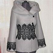 Одежда ручной работы. Ярмарка Мастеров - ручная работа Короткое пальто с капюшоном и отделкой кружевом. Handmade.