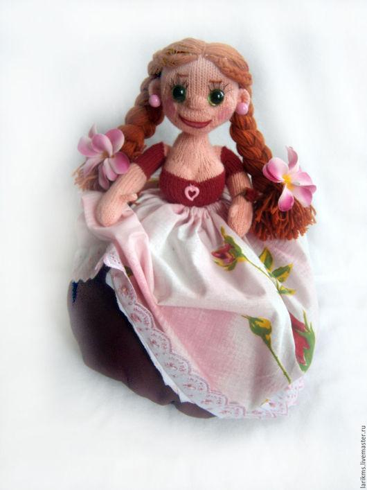 Человечки ручной работы. Кукла вязаная  Маняша. Помошница. 'Радужные нити' (Лариса). Интернет-магазин Ярмарка Мастеров. Кукла пакетница