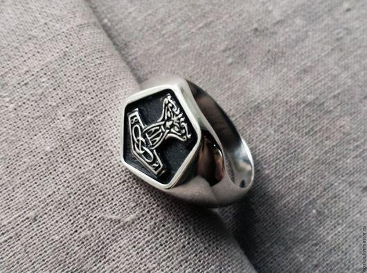 """Украшения для мужчин, ручной работы. Ярмарка Мастеров - ручная работа. Купить Кольцо """"Молот Тора малый"""". Handmade. Молот"""