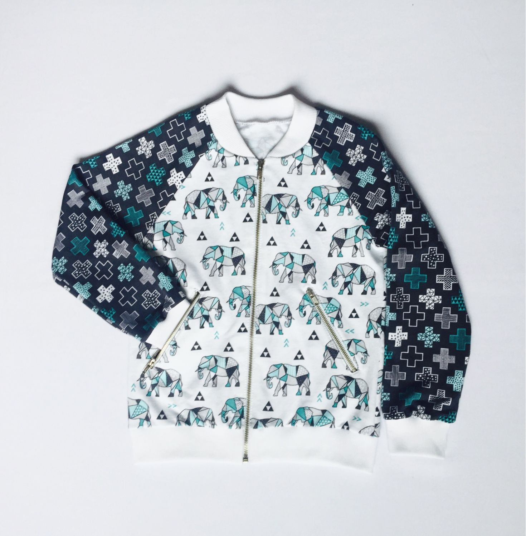 Одежда для девочек, ручной работы. Ярмарка Мастеров - ручная работа. Купить Толстовка-бомбер из футера. Handmade. Детская одежда, бомбер