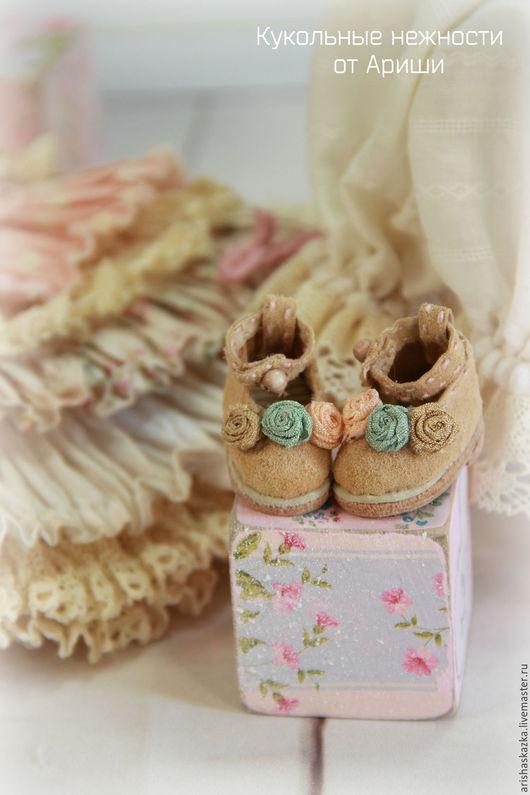 Одежда для кукол ручной работы. Ярмарка Мастеров - ручная работа. Купить Комплект для куклы , стиль бохо , шебби шик. Handmade.