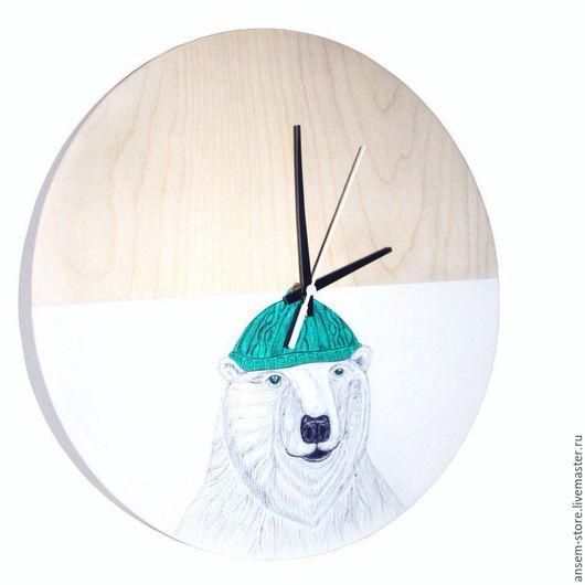 Часы для дома ручной работы. Ярмарка Мастеров - ручная работа. Купить Часы настенные медведь Бьерн, из дерева. Часы ручной работы. Handmade.