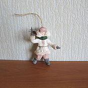 Подарки к праздникам ручной работы. Ярмарка Мастеров - ручная работа Мальчик с самолетом. Ватные елочные игрушки. Handmade.